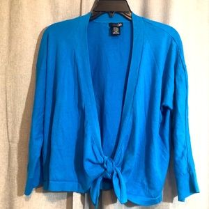 🔸Donated Bright Blue East 5th Cardigan size Large